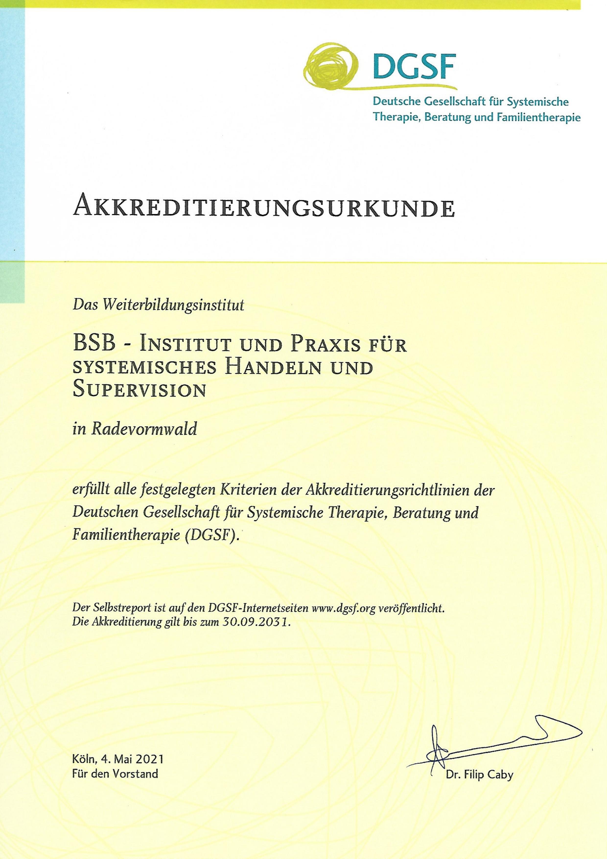 Akkreditierungsurkunde-DGSF-05.2021.jpg